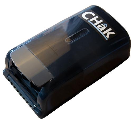 Manual chalk dispenser in black